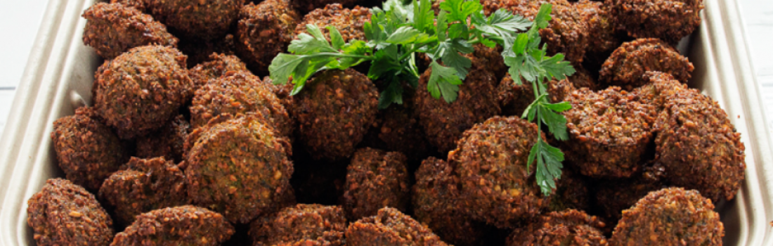 Need Restaurants That Cater Vegetarian Food? Maoz Vegetarian Is Available For Online Catering!